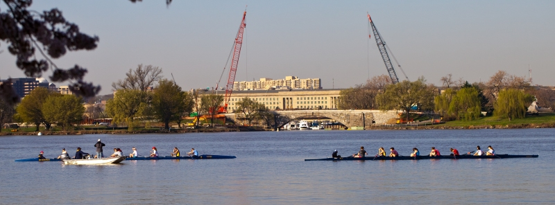 Georgetown University students rowing on the Potomac